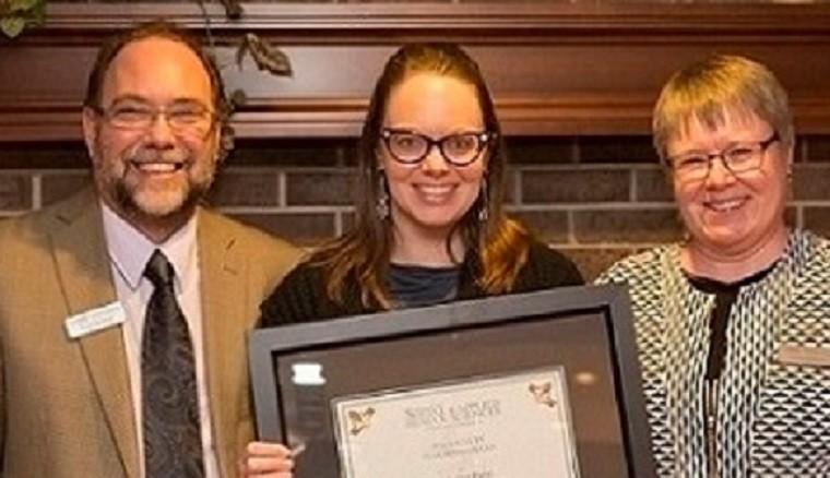 2015-16 Faculty Teaching Award Winner, Dr. Andrea Paras with Dean Gwen Chapman and Associate Dean Byron Sheldrick